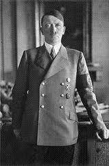 Un fascista,( crímenes contra la humanidad)