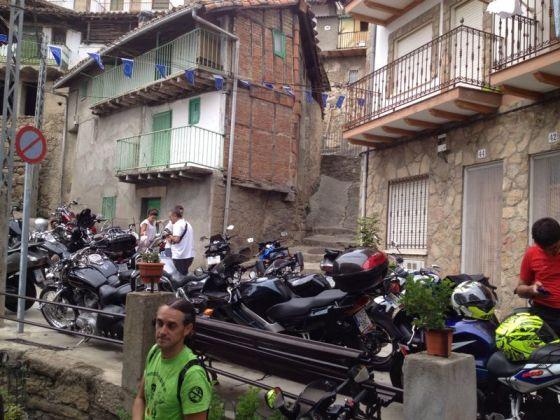 Famosos con Parapentes  y motos
